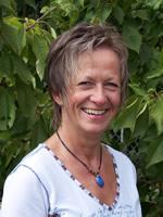Tierheilpraktikerin und Heilpraktikerin Iris Jahin Gehl