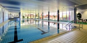 Pool Schwimmbad im Hotelpark Hohenroda